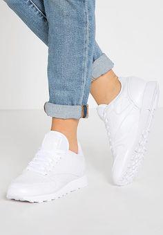 Chaussures Reebok Classic CLASSIC LEATHER PEARLIZED - Baskets basses - white blanc: 89,95 € chez Zalando (au 28/02/17). Livraison et retours gratuits et service client gratuit au 0800 915 207.