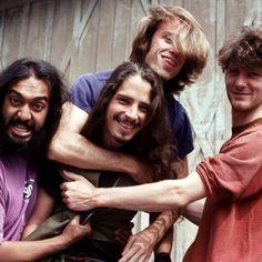 Chris Cornell, Kim Thayil,  Matt Cameron, Ben Shepherd,