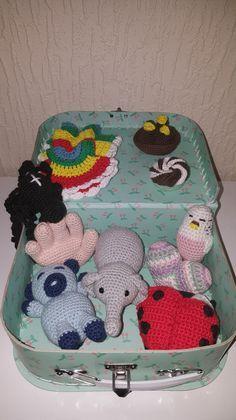 Links til hækleopskrifter – – et univers i garn ❤️ Crochet For Kids, Diy Crochet, Crochet Dolls, Crochet Baby, Baby Songs, So Creative, Little Doll, Crochet Animals, Baby Knitting
