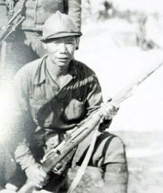 Chinese soldier who fought in the Spanish civil war as part of an international team