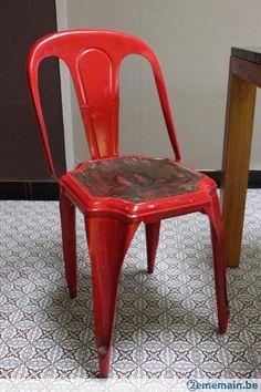 Vintage chaise en métal - A vendre www.2ememain.be/magasin/summertime/