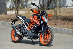 2017 KTM 390 Duke: All you need to know - Autocar India Duke Motorcycle, Duke Bike, Ktm 125 Duke, Bike India, New Ktm, Ktm Motorcycles, Ktm Rc, Bike Photoshoot, Bike Pic