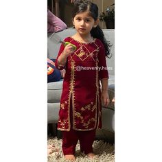 Baby Dress Design, Frock Design, Punjabi Suits Designer Boutique, Boutique Suits, New Style Suits, Kids Frocks Design, Baby Girl Dress Patterns, Cute Girl Dresses, Embroidery Suits Design