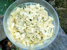 Pychotkaaa: Sałatka indyjska Tortellini, Feta, Potato Salad, Cabbage, Food And Drink, Curry, Cheese, Snacks, Vegetables