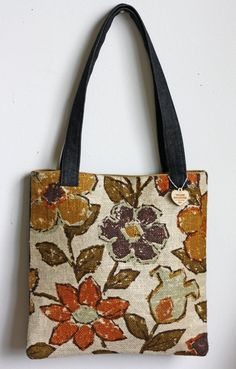 great vintage fabric - i need to use more of mine for my bags! 07baa4b317335