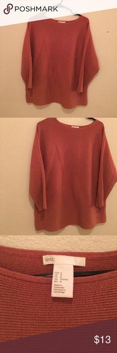 H&M Women's Sweater size medium EUC H&M Sweaters Crew & Scoop Necks