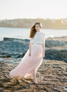 Jupe et top mariée bohème - Robe: The Babushka Ballerina - Photo: Jemma Keech Bridal Looks, Bridal Style, Blush Tulle Skirt, Pink Tulle, 2015 Wedding Trends, Playa Beach, Bridal Separates, Bridal Musings, Bridal Headpieces