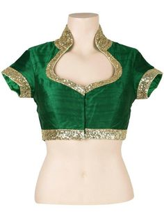 Different types of saree blouse Back Neck Designs - Kurti Blouse Saree Blouse Neck Designs, Choli Designs, Sari Blouse Designs, Saree Blouse Patterns, Fancy Blouse Designs, Bollywood, Stylish Blouse Design, Blouse Models, Marie