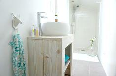 deco-salle-de-bain-blanc-nature-bois-vasque-2.jpg 3.324×2.208 pixels