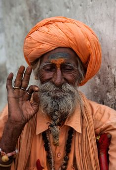 A Sikh turban (unsure of this particular man's city). Chandigarh, India has a large Sikh population. You will see men wearing turbans in all possible colors (often matching with the shade of their T-shirts). We spotted many a turban in Rajasthan- they have a different meaning over there, though. Rather than being primarily a religious sign, they may refer to a person's status in society, such as caste. (Anna and Nico's travel blog)