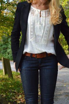 Вышиванка в сочетании с пиджаком