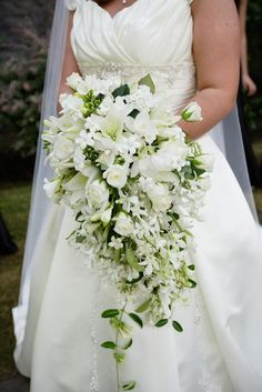 cascading, roses, stephanotis, lilies