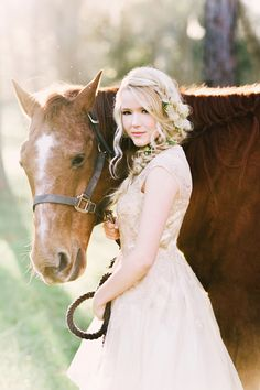 Girl with her horse - Senior Portraits and Pictures by Ling Wang Photography