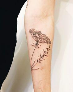 Sweet sprigs by Kelli Kikcio inked on the left forearm Cage Tattoos, Belly Tattoos, Foot Tattoos, Forearm Tattoos, Finger Tattoos, Body Art Tattoos, Sleeve Tattoos, Tatoos, Beautiful Flower Tattoos