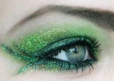 Make-up-Tinkerbell-Ideen (Foto - My Holiday Madness - Makeup - # Green Eyeshadow Look, Green Makeup, Eyeshadow Looks, Eyeshadow Makeup, Metallic Eyeshadow, Eyeshadows, Maquillage Halloween, Halloween Face Makeup, Maquillage Harry Potter