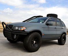 Zombie Apocalypse BMW X5