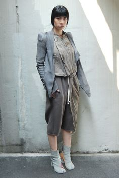 The Rosenrot. I love this outfit. And the colour palette!