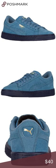 Pumas sneakers  Heaven blue heaven Great shoe worn once.... Cut really small I am usually a size 6 in boys however these are cut a little small and are too tight on my feet Puma Shoes Sneakers