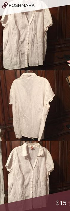 Faded glory women's plus classy blouse Sz 4x Very light and airy. Sz 4X(26W-28W) Faded Glory Tops Blouses