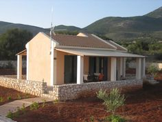 Villa Leto is a ground floor villa able to accommodate at least 3 people. Rent Villa Leto in Kefalonia | Korallis Villas Vacation Rentals in Kefalonia http://korallisvillas.gr