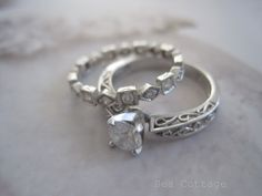 I love antique. An old ring with a story... Beautiful