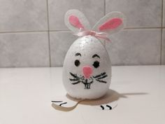 Iepuraș din ou polistiren Easter Crafts For Kids, Easter Bunny, Diy Projects, Make It Yourself, Handmade, Easter Crafts For Toddlers, Craft, Handmade Crafts, Arm Work