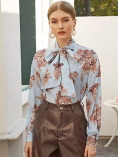 To find out about the Tie Neck Floral Print Top at SHEIN, part of our latest Blouses ready to shop online today! Fashion 2020, Fashion News, Fashion Outfits, Dress Fashion, Women's Fashion, Sexy Blouse, Bow Blouse, Floral Blouse, Classy Outfits