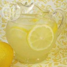 Rezeptbild: Limonade selber machen (Sommer-Durstlöscher)