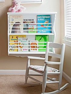 Low book display/storage for kid's reading nook. Clutter Solutions, Storage Solutions, Storage Ideas, Small Space Storage, Hidden Storage, Reading Nook Kids, Be Design, Narrow Table, Kids Room Organization