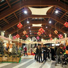 Commercial Christmas Displays