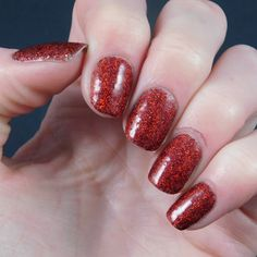 B Nailed To Perfection: We Heart Nails UK Glitter swatches and review - Part one.