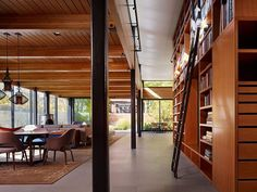 Orchard Willow Residence by Wheeler Kearns Architects