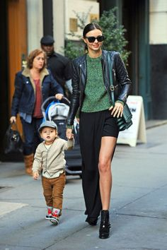 The 17 best mommy and me street style looks with Miranda Kerr and her son, Flynn.