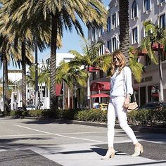 Caught in action! 😜 What's everyone doing this weekend? I'm loving this socal weather right now! I'm going to a few more shows for LA Style Week. Hope everyone has a great Saturday💙  .  .  .  .  .  .  #target #targetstyle #zara #igdaily #lastylefashionweek #stylist #styleinspo #streetstyle #stylecollective #photooftheday #picoftheday #ootd #ootn #bloggerstyle #lablogger #blogger #happy #pretty #instamood #instagood #thatsdarling #instablogger #zaradaily #thehappynow #wiw 📷: @jtycyn