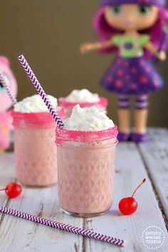 """""""Sparkle Shakes"""" - a fun, delicious & healthy treat for Little Charmers fans! #LittleCharmers #CG"""