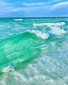 Florida beaches are amazing! Miramar Beach Florida, Destin Florida, Florida Vacation, Florida Beaches, Tropical Beaches, Vacation Destinations, Vacation Spots, Beach Vacations, Vacation Ideas