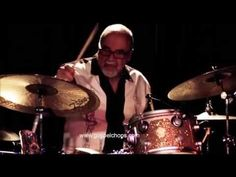 Peter Erskine Throws Down an Amazing Drum Solo on BASS SESSIONZ VOL. 1 @ GospelChops.com - YouTube