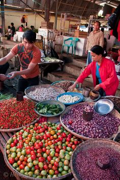 Tomahon Markets, North Sulawesi, Indonesia. I miss those markets.  one step in the market... you know why Indo was called the Spice Islands!