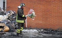Incendio Prato, parenti vittime attendono giustizia in un capannone