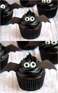 30 Ghoulish Halloween Cupcakes That Add A Spooky Touch To Your Party Halloween Desserts, Halloween Cupcakes Decoration, Halloween Cupcakes Easy, Halloween Food For Party, Halloween Treats, Halloween Birthday, Monster Cupcakes, Ghost Cupcakes, Candy Corn