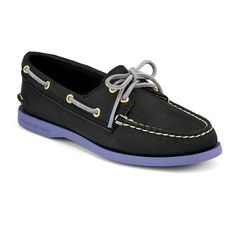 Looking at 'Women's Authentic Original 2-Eye Colour Pop Boat Shoe' on SHOP.CA - Test share.