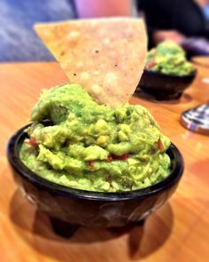 A great meal starts with an amazing appetizer of lime chips & guacamole #sharkysshare