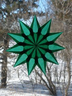 11 Point Green Window Star Suncatcher by harvestmoonbyhand on Etsy