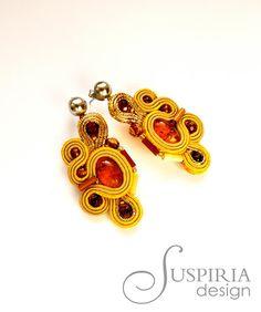 Suspiria Design: Bursztyn skąpany w złocie.