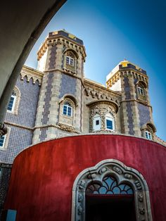 Colours and Castles: Historic Sintra - via Lonely Planet 08-08-2017 | Historic, colourful, charming and a climber's dream. Sintra, with its palaces and lush green forest is the perfect day trip from Lisbon and a must on any visit to Portugal. Prepare for a fairytale. Photo: The Palace of Pena steals the show