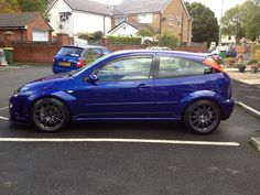 Imperial Blue Ford Focus RS mk1, grey amazing rims Ford Focus Svt, Ford Rs, Rims And Tires, Motosport, Rally Car, Mk1, Exotic Cars, Baby Blue, Cars