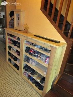 Beautiful Handy Hallway Pallet Shoe Rack This Handy Hallway Pallet Shoe Rack will hold up to one hundred pairs of shoes. This is a fantastic addition to any home decor while reducing shoe clutter. I made this using about 6 Euro pallets, and it measures 1.7 meters wide x 1.2 meters tall. Handy Hallway Pallet Shoe Rack: I built a basic frame using deck boards...