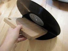 Amylulita says...: DIY Project: Vinyl Record Bookends