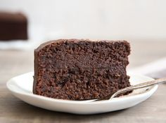 Quick and Easy Five Ingredient Mud Cake | Wholefood Simply | Bloglovin'