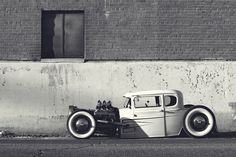 1930 model A air ride clunker | Photographer: Alex Martinez - http://www.flickr.com/photos/alextakesphotos69/6825404302